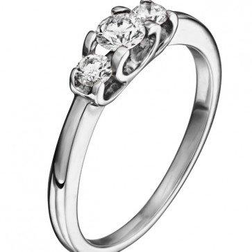 Кольцо с бриллиантами R0900