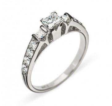 Adrastea кольцо с бриллиантами
