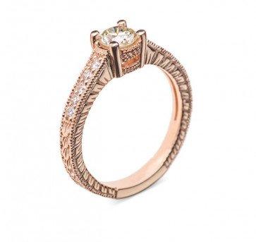 Titania золотое колечко с бриллиантами