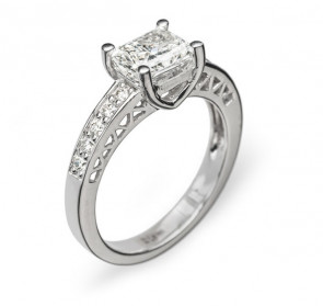 Calypso изящное кольцо с бриллиантами
