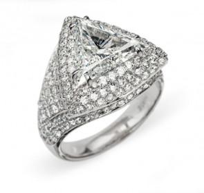Aura шикарное кольцо с бриллиантами