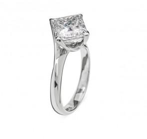 Aphrodite уникальное кольцо с бриллиантом